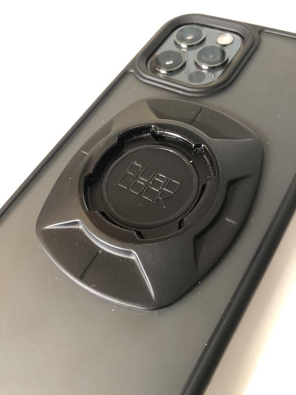 iPhone12Proケースとクアッドロック・ユニバーサルアダプターをくっつけて自作したクアッドロック・ケース